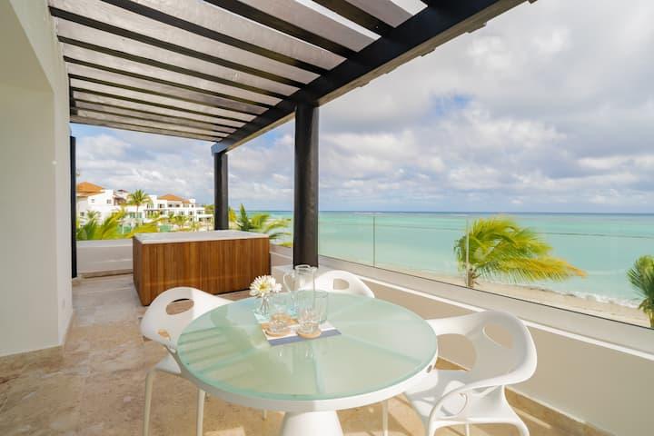 Sensational Comfort & Luxury Private Beach Condo