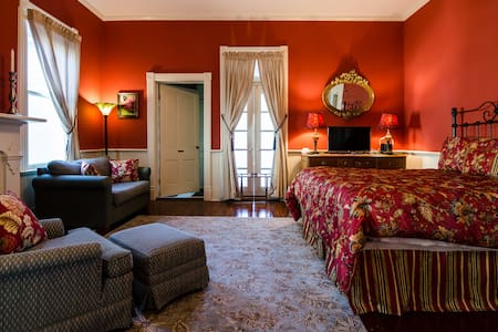 Starling's Rest B&B, Willow Suite - Natchez