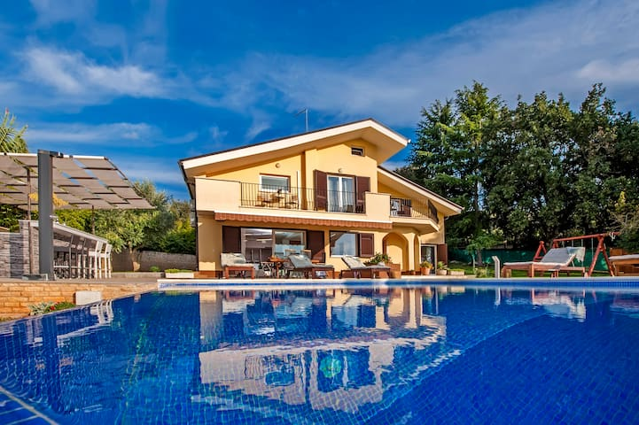 Rovinj Villa, villa for getaway