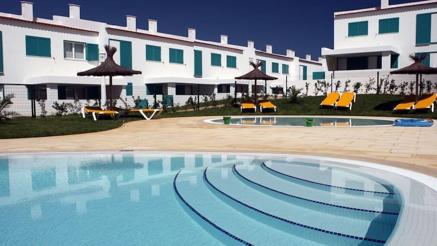Stunning Villa at Prainha Resort, Alvor