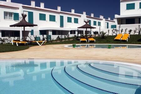 Stunning Villa at Prainha Resort, Alvor - alvor - Villa