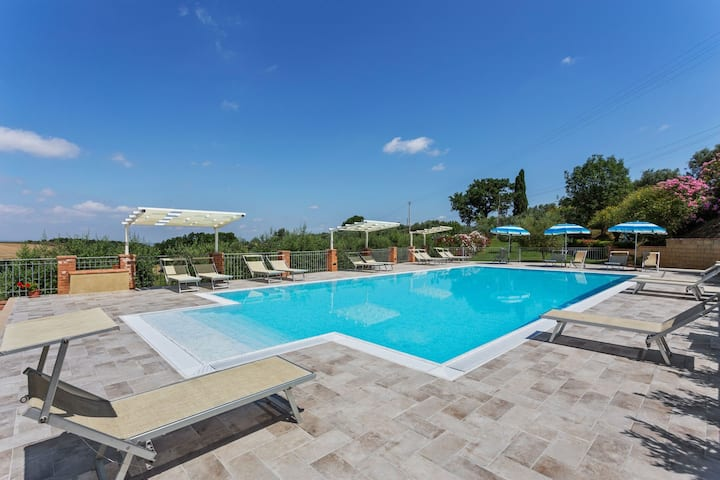 Tranquil Holiday Home in Volterra with Swimming Pool