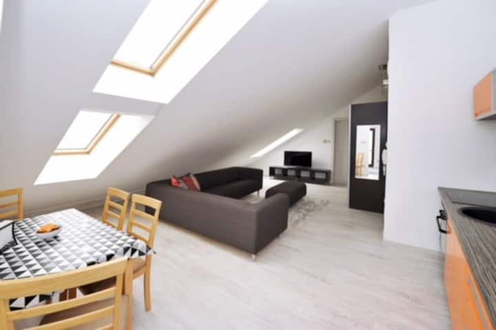 iHome Apartment 2.0