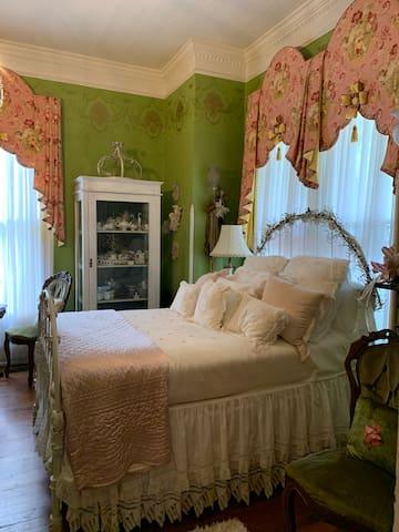 Rose' Suite
