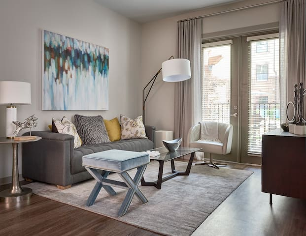 Clean apt just for you   1BR in Charlotte