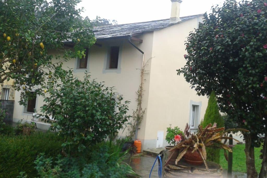 Casa de campo en plena naturaleza casas en alquiler en - Casas de campo en galicia ...