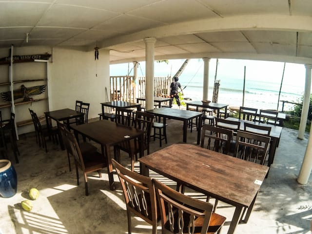 Pandan Beach Stay - Lundu - Casa