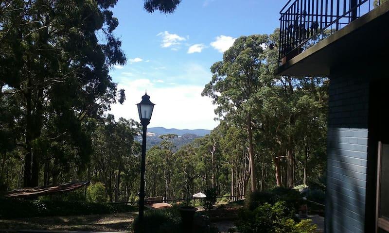 Grangehill Mount Macedon - Mount Macedon - Bed & Breakfast