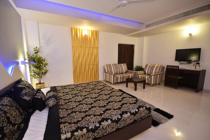 Modern Luxurious Room Near @ Rajkot.