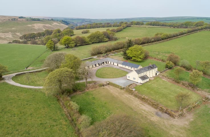 A delightful retreat in magnificent countryside.