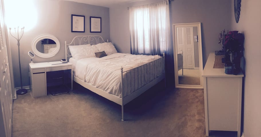 Perfect Single Room in Burke, VA near Train - Burke - House