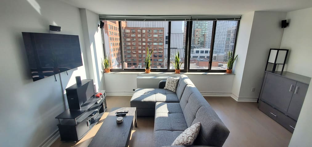 Midtown Apartment