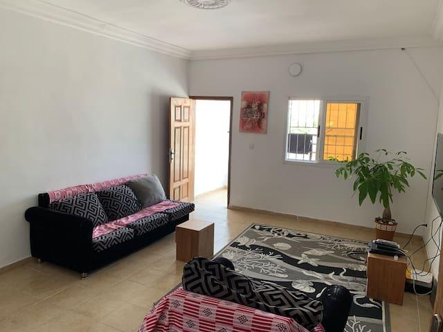 Une chambre privée  dans un appartement de 3pieces