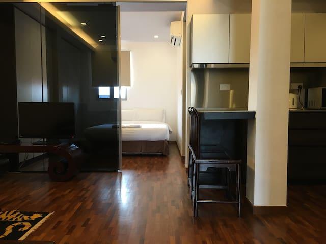 Ground Floor Cosy 1 Bedroom Unit