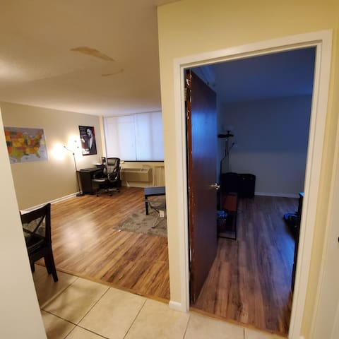 1BR shared with me. Avl only for short duration
