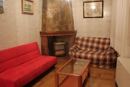 Casa muy amplia en Godelleta - Godelleta - Rumah