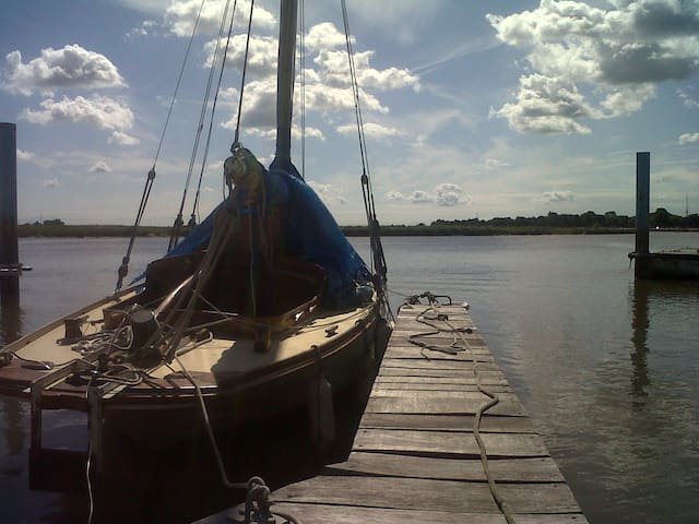 Classic Wooden Boat - Tolleshunt D'Arcy - Vaixell