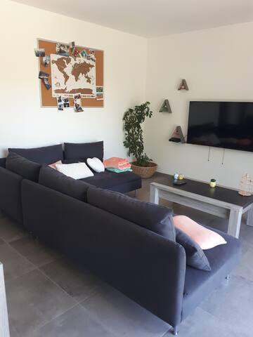 Appartement 55m2, 1chambre avec piscine à Peynier