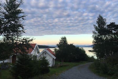 Nydelig hytte med fantastisk utsikt - Bømlo