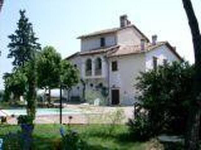 Villa La Torre - Croce di Castiglione - วิลล่า