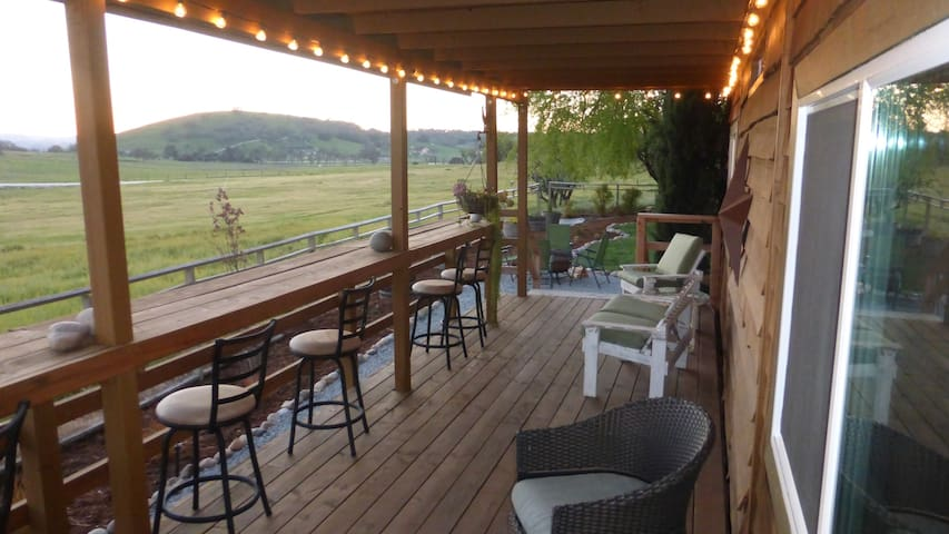 NEW -  Fabulous views, peaceful and close to town. - Templeton - Bungalow