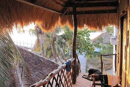 Beach Cottage with Bay Views! - Busuanga
