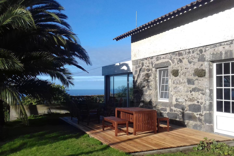 Azorian stone house 200m²