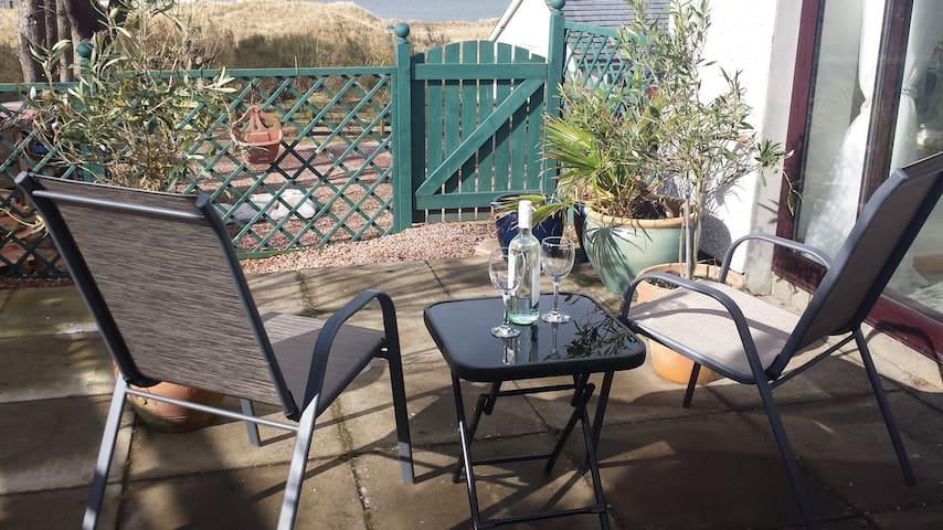 Garden room  in Highland village of Portmahomack
