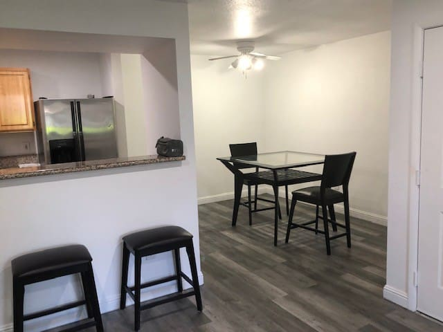 1 BR close to strip -  3 month tenant wanted