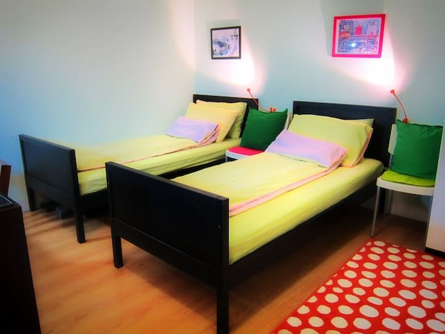 A-2singal 1bath perfect room closeby MMH,NTHU,NCTU - East District - Apartment