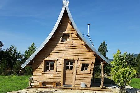 Cabanes à VALSOYO - Montoison