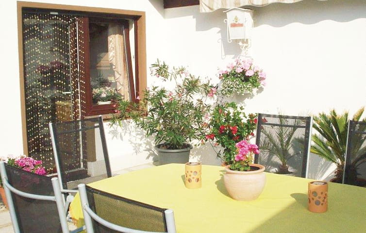 Holiday apartment with 1 room on 35 m² in Frankenhain