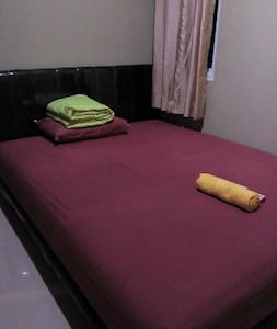 Room right in the heart of Jakarta - Menteng - Rumah