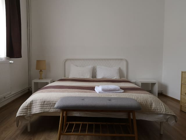 Main bed with dimensions 160cmx200cm. Will easily accomodate 2 people. Free additional bed available on request 80cmx190cm.