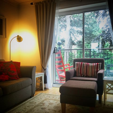 'Treehouse' Room, top reviews - Southampton - Huoneisto
