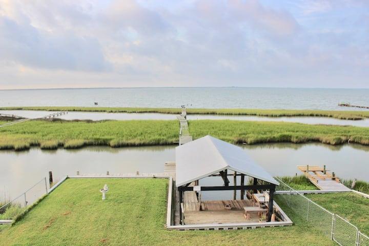 Palacios Bayshore House & Camp