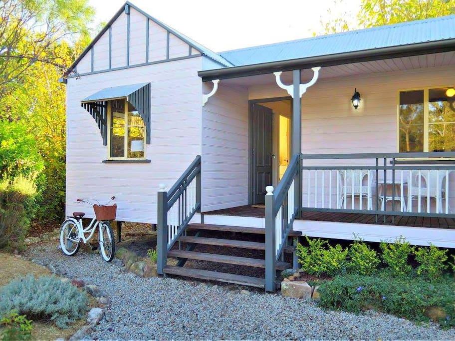 Front veranda/porch