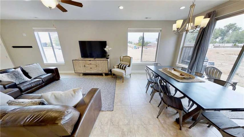 Luxury Condo In Downtoan Moab With Private Patio  - Entrada at Moab #631