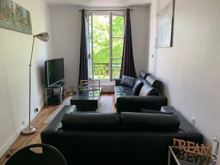 Charmant appartement proche des Champs-Élysées!