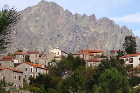 Maison de village typique Corse - Guagno