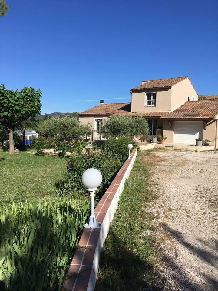 Villa proche anduze avec piscine