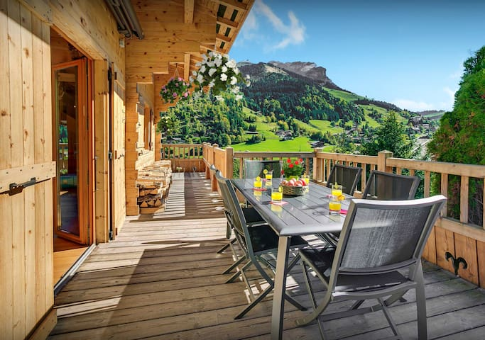 5* Ski to the La Clusaz lifts or just relax in the hot tub - OVO Network
