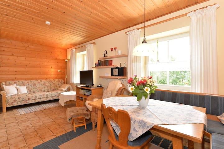 Malerisches Ferienhaus mit Sauna in Skigebietsnähe in Bayern