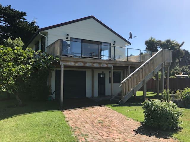Zander's Beach House