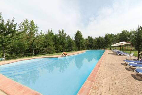 Sun-kissed Holiday Home in Torgiano with Garden and Pool