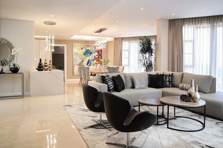 Penthouse at The Houghton Hotel/450sqm/2 bed/Pool