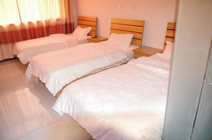 Family bedroom - Chengde - Guesthouse
