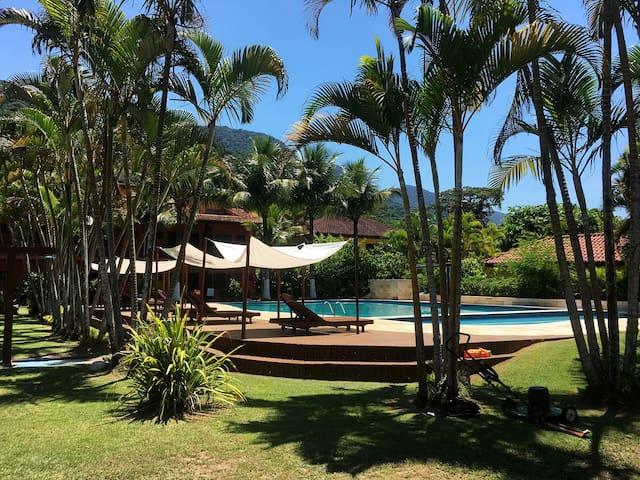 Maresias SUN HOUSE 08 - frente para piscina e WIFI