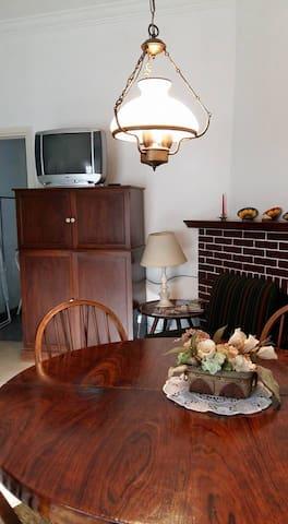 Casa 2 amb. Zona Guemes a 20 mts de Plaza del Agua - Mar del Plata - House
