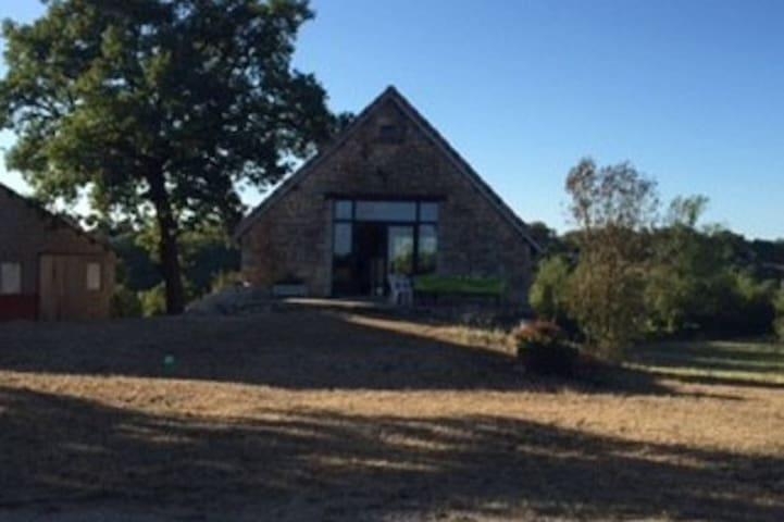 Grange rénovée sur les Causses du Lot - Soulomès - Leilighet